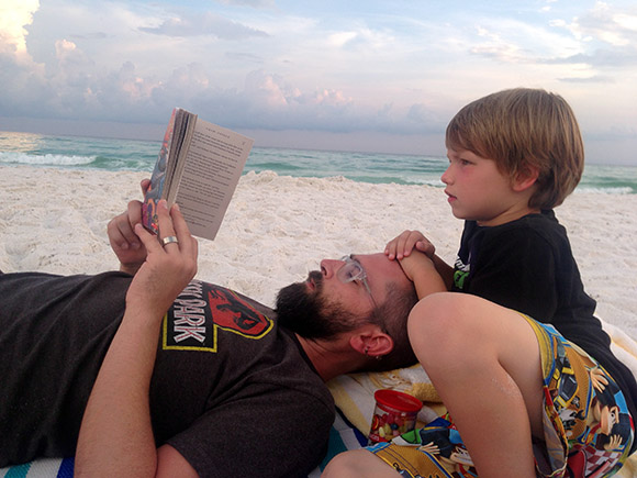 HiltonSandestin-BeachReading