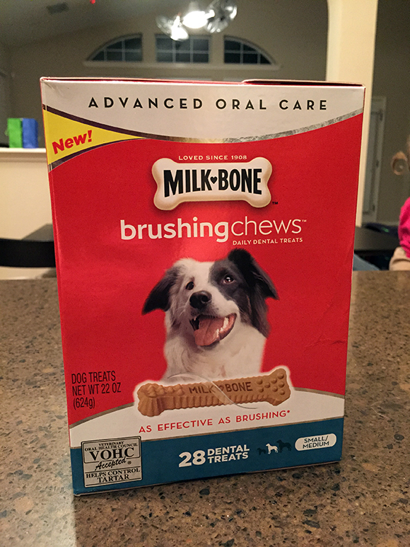 MilkBone-BrushingChews-Box