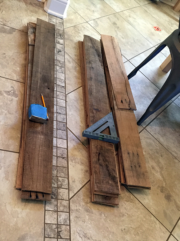 Reclaimed-Wood-Boards - DIY Reclaimed Wood Wall €� Frugal Novice