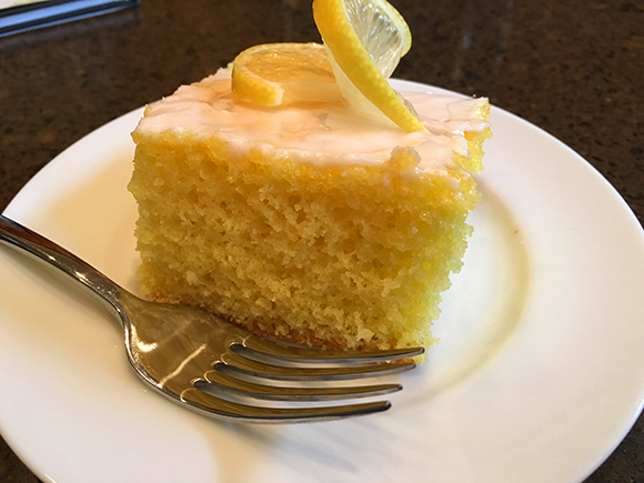 Lemonade-Cake-Slice