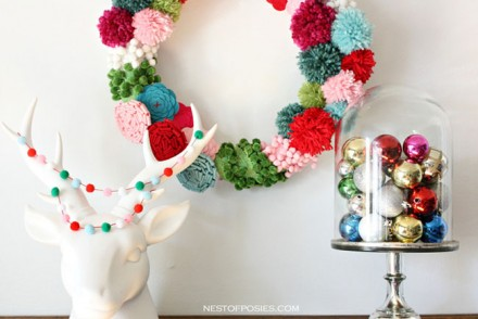 Pom-Pom-Wreath-Decor