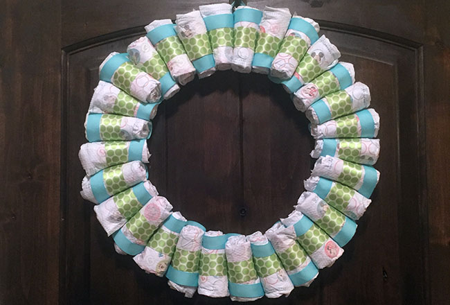 Diaper-Wreath-Featured